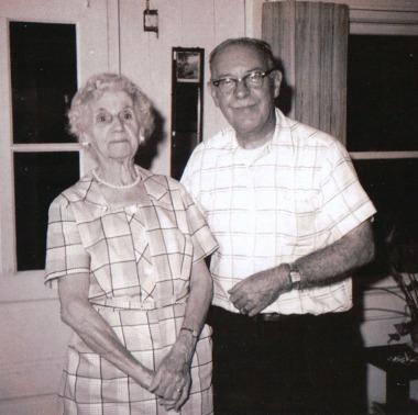 Flanders Daisy & Bill c1966